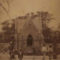 Mausoleums_0004_0003.jpg